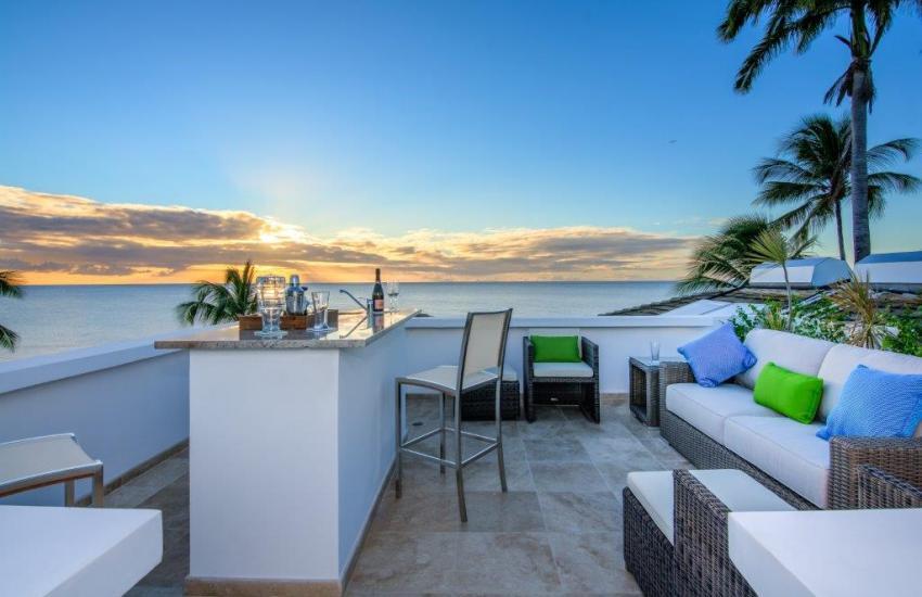 NIRVANA, (Luxury Beachfront Villa Rental - Short term) Fitts Village (West Coast), St. James Barbados